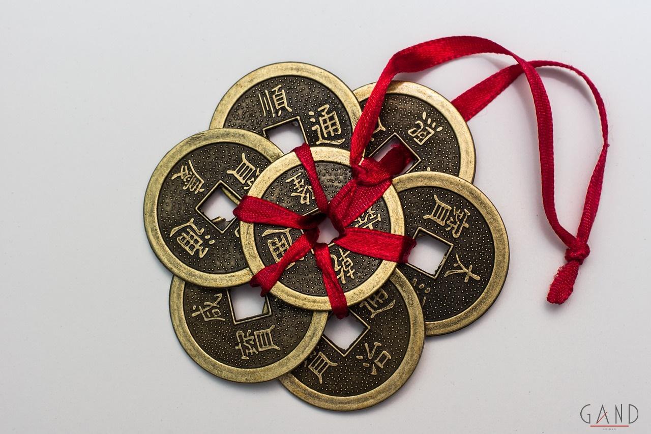 Τύχη coins