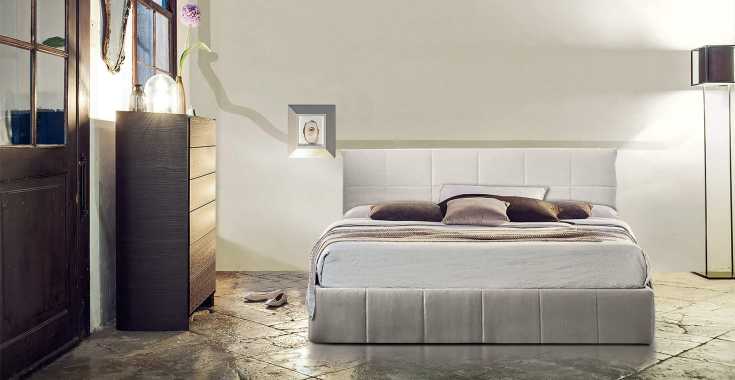 Κρεβάτι επενδυμένο Helen